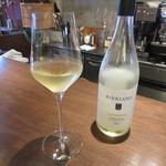 イル・トンシオーネ - 白のグラスワイン