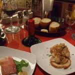 Spanish Bar Pasion - このワインボトル入れるスペースは絶妙ね!