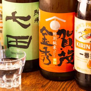 自慢のうなぎを、相性のよい純米酒とどうぞ。