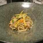 リストランテ カノフィーロ - 北寄とズッキーニのアーリオオーリオ スパゲッティ