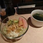 ノア - 料理写真:サラダとスープ