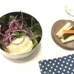 ガネーシャ - サラダとピクルス