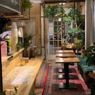 【駅チカの隠れ家】心落ち着くボタニカルな空間でお寛ぎください