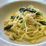 RISTORANTE INCROCI - ◆3名は「海老のラグーと小松菜のオイルソース」・・ラグーの味わいもよく美味しい。 オイルソースベースの品はお味が薄いことがありますが、辛みも程良く好み。