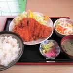 ことぶき - 料理写真:ロースかつ定食