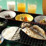 レストラン&バー ラコント - 日本人の朝食はやっぱり和ですかね。