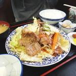 太田や食堂 - 牛鉄板風焼肉定食
