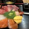 魚稚 - 料理写真:海鮮丼 980円