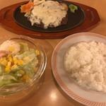 ジョイフル - しんけん チーズハンバーグ 599円+税       洋食セット(スープバー付)299円+税