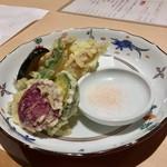 108619046 - 旬野菜の天ぷら