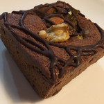 サタデイズ チョコレート ファクトリー カフェ - ブラウニー 別角度から