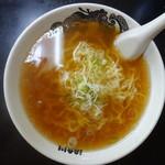 食堂 はせ川 - 淡麗醤油中華そば(¥580税込み)