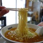食堂 はせ川 - 秀逸な熟成縮れ麺