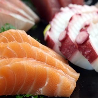 元寿司職人だからこそ!豊洲直送の魚介を使ったお料理が旨い!