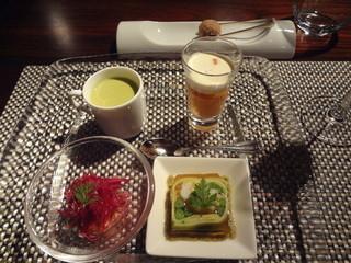 グランファミーユ・シェ松尾 成城コルティ店 - 前菜3種盛合せ+プチスープ 2011.12