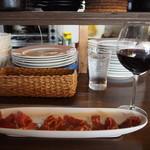 トーレス - イベリコ豚の生ハム & グラス赤ワイン