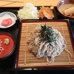 平田牧場 - ざる蕎麦(カツ付)