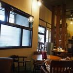 カフェ グルー - 店内