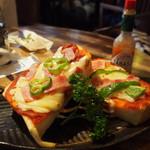 カフェ グルー - ピザトースト