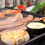 Korean Dining ハラペコ食堂 - まるごとカマンベールセット