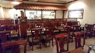 南インド料理ダクシン 八重洲店 - DAKSHIN 八重洲店 店内