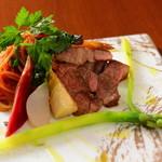 レストラン Citta - 牛肉のステーキ添え トマトソーススパゲッティ