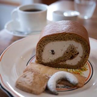 アトリエ ルールグルマンド - 料理写真:アトリエ ルールグルマンド 黒糖ロール
