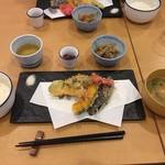 ええもん 揚げ衛門 - 本日のおすすめ 天ぷら定食