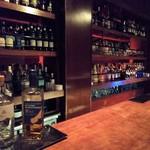 バー オスカー - 内観写真:店内の雰囲気