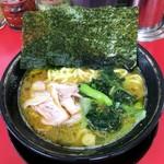 108659875 - ラーメン700円麺硬め。