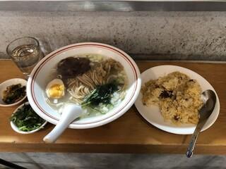 羊香味坊 - 【ランチ】魚羊麺+半チャーハン 900円(税込)
