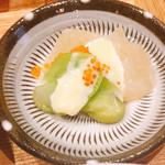 108662807 - 1度目の小鉢は添田町の                       こんにゃくとそら豆。