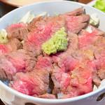 108662946 - 和牛ステーキ丼 950円