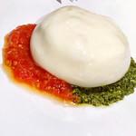108669579 - 世界一トマト ケールジェノベーゼ ブラッターチーズ