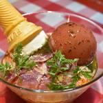 マカロニ食堂 - 料理写真:マスカルポーネチーズとトマトの冷製パスタ パルマ産生ハム添え