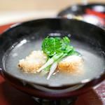 神楽坂 阿部 - お椀  佐島の甘鯛のおかき焼き