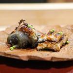 神楽坂 阿部 - 浜名湖の服部の焼き鼈 愛知県一色の鰻の白焼き