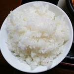 中華料理 鴻運楼 - 白飯はピカピカ!