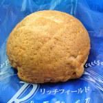 リッチフィールド - 料理写真:コーヒーメロンパン80円