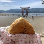 伊都岐珈琲 - オリジナルくりーむパン