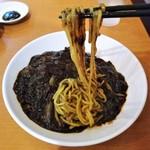 東京ガーデン - 麺はムニュモチでコシ弱め!