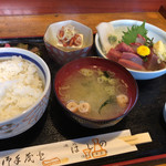 はしの - 料理写真:お刺身定食   900円