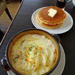 代官山パンケーキカフェClover's - グラタンセット1200円のパンケーキ&グラタン