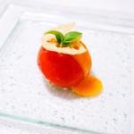 グローバルとんかつわたなべ - まるごとトマトサラダ