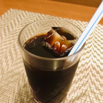 オニオン・チョッパーズ - セットのドリンク アイスコーヒー