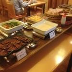 四日市なごみ食堂 - 朝食バイキング