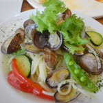 Cafe 湘南テラス - あさりと旬野菜のボンゴレビアンコ