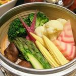 個室中華 頤和園 - 彩り野菜の蒸し物