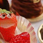 カイザーケルン - スマイルケーキ いちごが笑ってる可愛いショートケーキです。こちらはオーダーになります