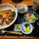 須崎魚河岸 魚貴 - 海鮮漬け丼